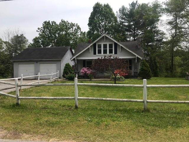 7 Pope Lane, Taylorsville, NC 28681 (#3633103) :: Rowena Patton's All-Star Powerhouse