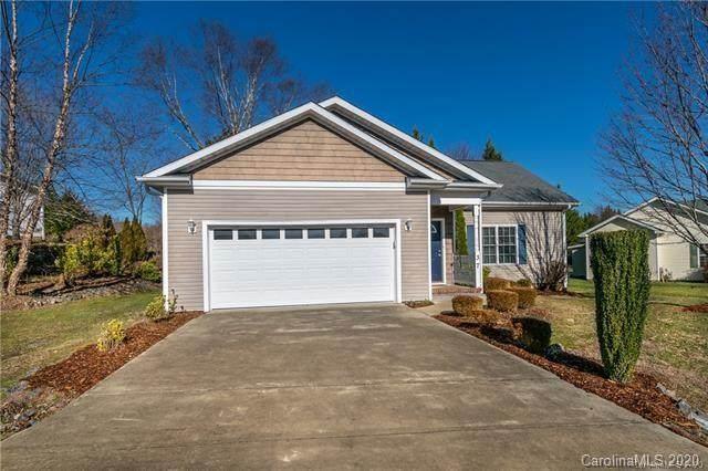 37 Beechnut Drive, Hendersonville, NC 28739 (MLS #3633162) :: RE/MAX Journey