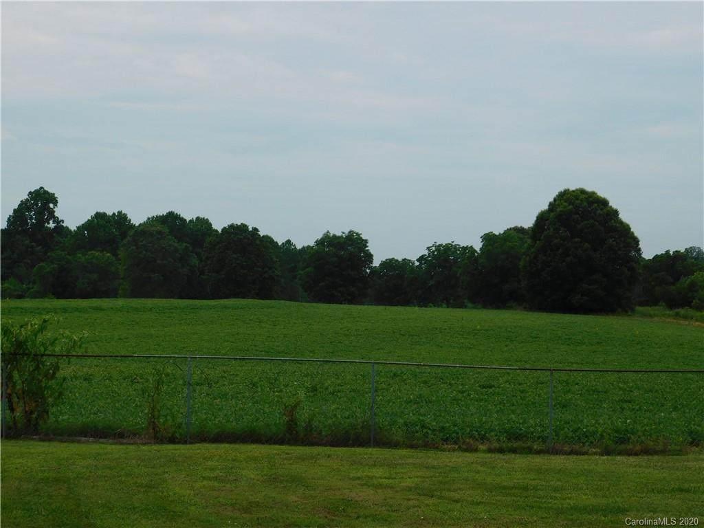 2142 Statesville Highway - Photo 1