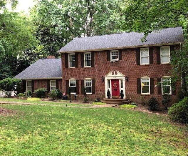 815 21st Avenue NW, Hickory, NC 28601 (#3639700) :: High Performance Real Estate Advisors