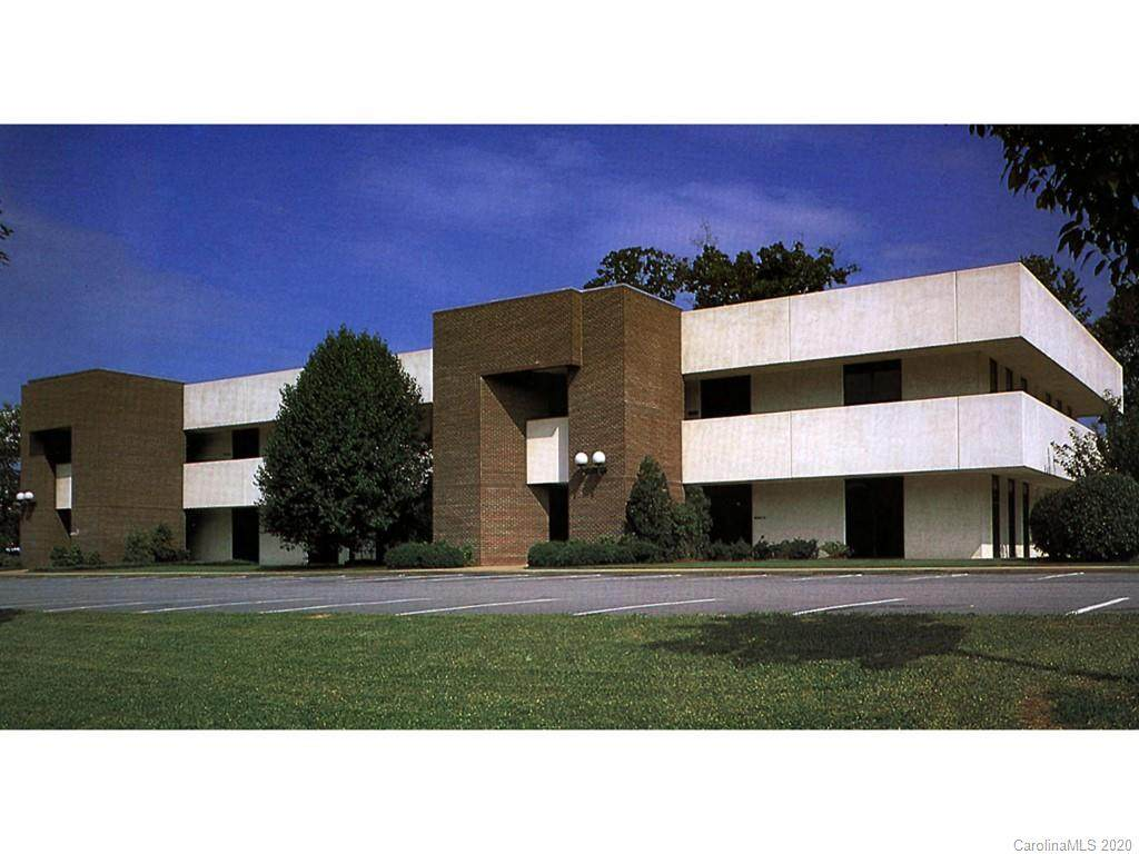 206 Executive Park - Photo 1