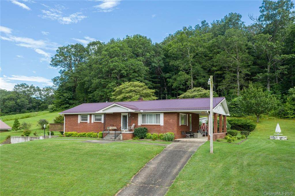 1627 Tanasee Gap Road - Photo 1