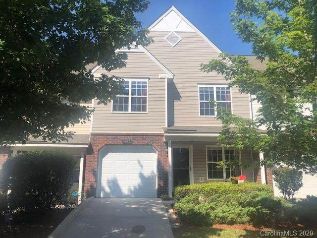 10037 Reindeer Way Lane, Charlotte, NC 28216 (#3644257) :: Stephen Cooley Real Estate Group