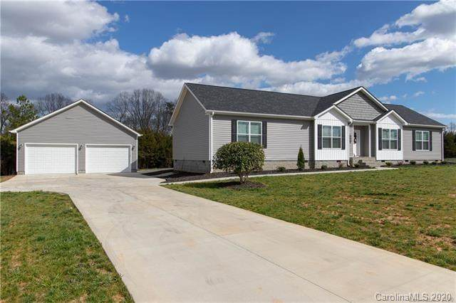 240 Red Cedar Road, Mooresville, NC 28115 (#3644959) :: Rinehart Realty