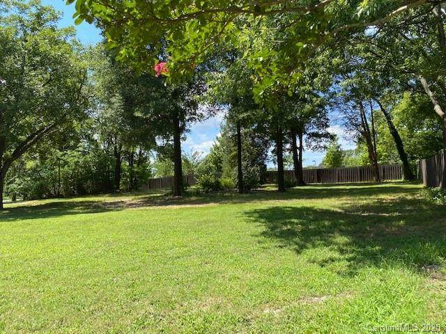 2041 Centergrove Road - Photo 1