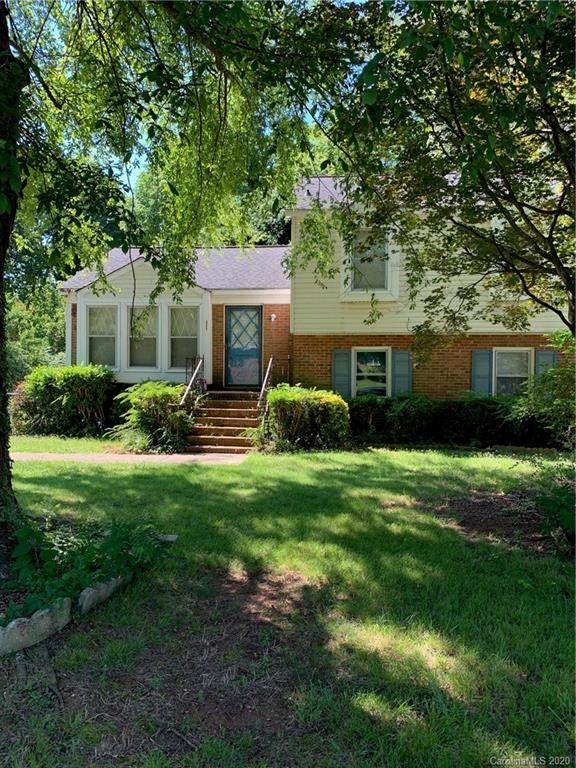 327 Colony Acres Drive, Charlotte, NC 28217 (#3647181) :: LePage Johnson Realty Group, LLC