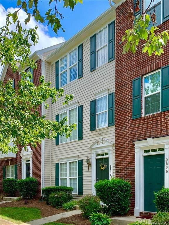 9610 Blossom Hill Drive, Huntersville, NC 28078 (#3647327) :: Caulder Realty and Land Co.