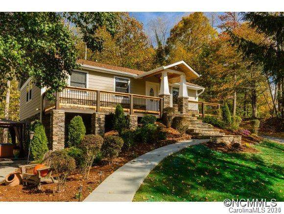 118 Gillespie Lane, Hendersonville, NC 28792 (#3649610) :: Exit Realty Vistas
