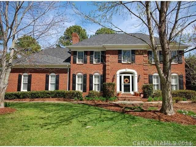 1819 Cross Point Road, Matthews, NC 28105 (#3649986) :: Puma & Associates Realty Inc.