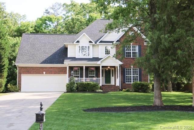 8228 Stevens Mill Road, Matthews, NC 28104 (#3650339) :: Puma & Associates Realty Inc.
