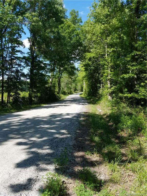 748 Enon Church Road, Clover, SC 29710 (#3654652) :: Mossy Oak Properties Land and Luxury