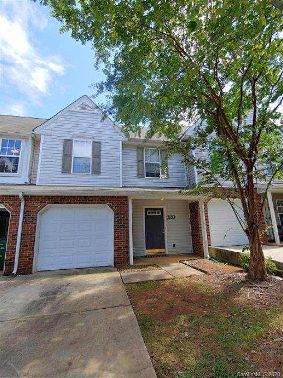 11312 Yellow Spaniel Court, Charlotte, NC 28269 (#3658233) :: Caulder Realty and Land Co.