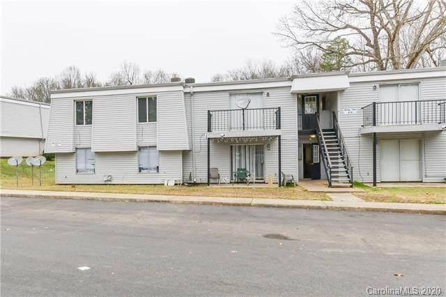700 Farmhurst Drive F, Charlotte, NC 28217 (#3659819) :: BluAxis Realty