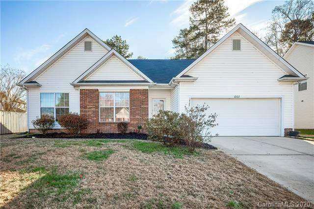 12122 Saddle Pace Lane, Charlotte, NC 28269 (#3660219) :: High Performance Real Estate Advisors