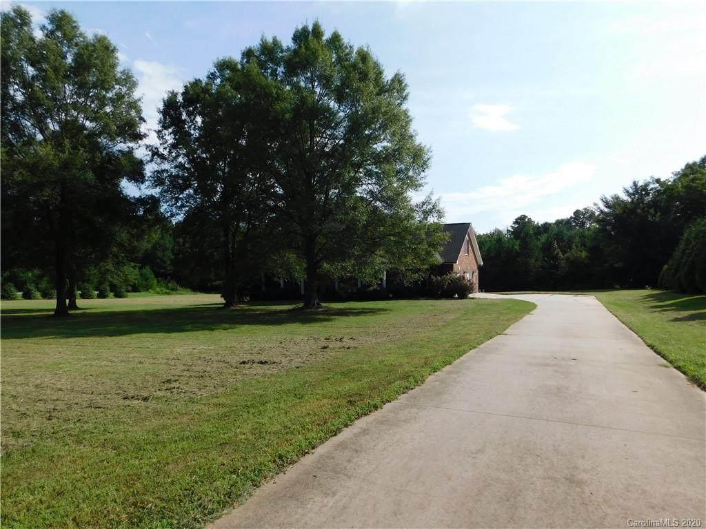 9196 Sherrills Ford Road - Photo 1