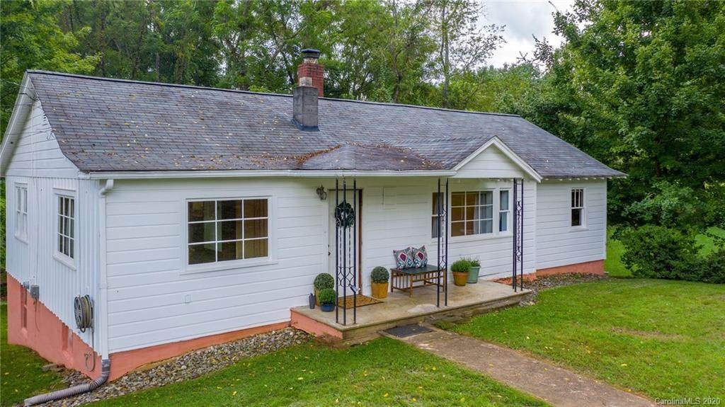 672 Sand Hill Road - Photo 1