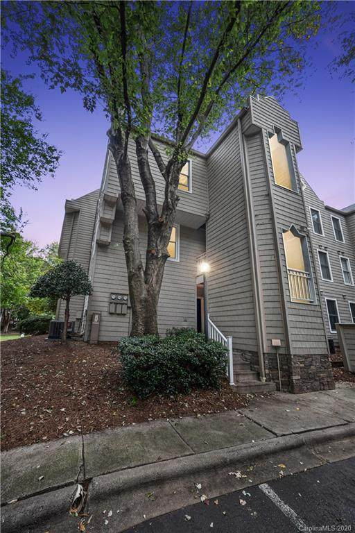 300 S Cedar Street #1, Charlotte, NC 28202 (#3665843) :: The Downey Properties Team at NextHome Paramount