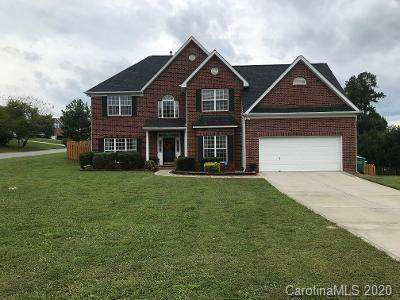 7530 Plumcrest Lane, Harrisburg, NC 28075 (#3666810) :: www.debrasellscarolinas.com