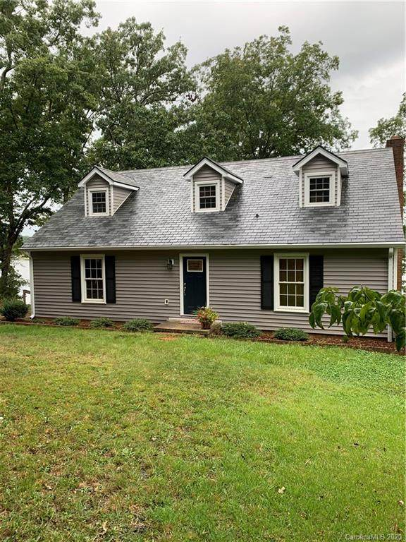 308 Fiddlers Ghost Circle, Mount Gilead, NC 27306 (#3667289) :: Carver Pressley, REALTORS®