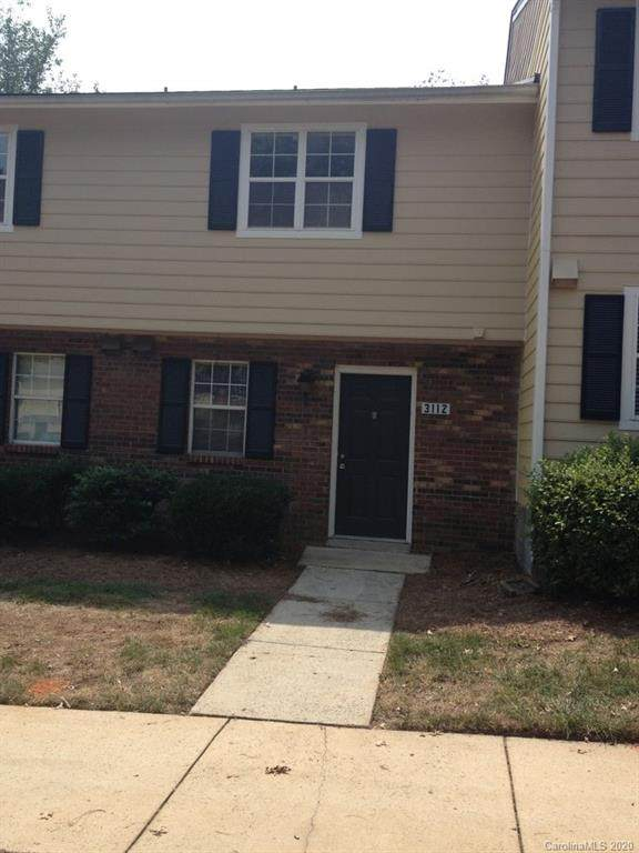 3112 Heathstead Place, Charlotte, NC 28210 (#3667477) :: Johnson Property Group - Keller Williams