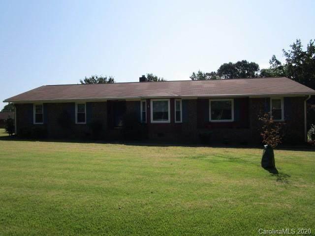 2814 Cedar Trail Lane, Wingate, NC 28174 (#3668385) :: Exit Realty Vistas