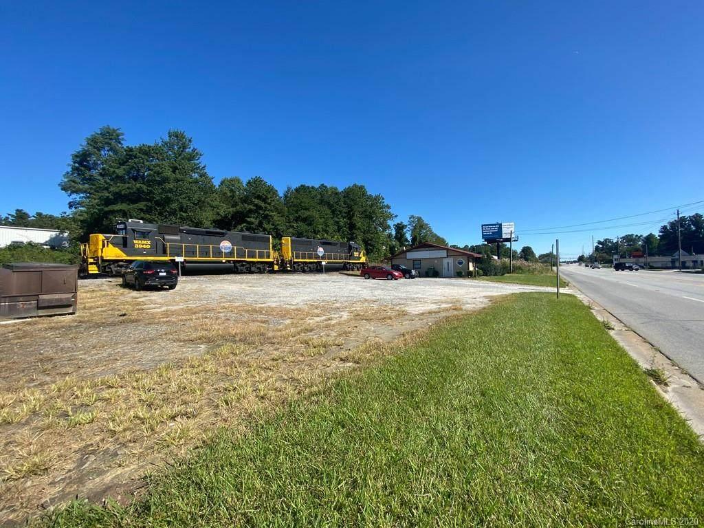 2364 Hendersonville Road - Photo 1