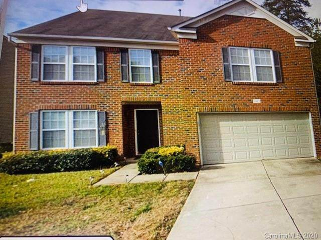9417 Weston Woods Lane, Charlotte, NC 28216 (#3673225) :: Homes Charlotte