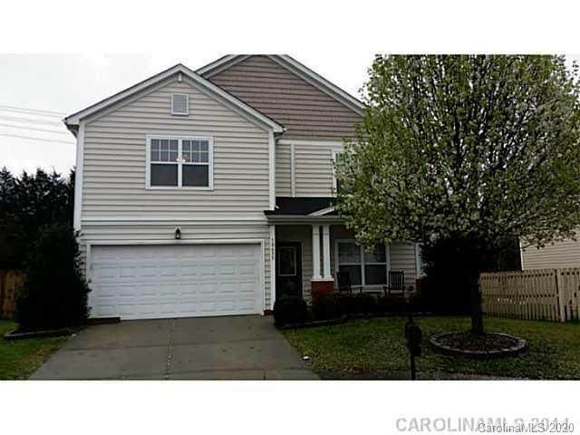 10633 Mountain Springs Drive, Charlotte, NC 28278 (#3674800) :: Carlyle Properties