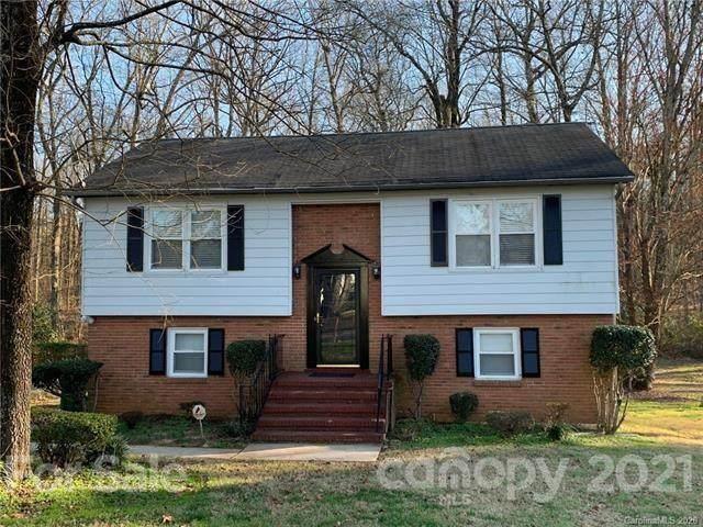 2762 Meadowcliff Drive, Charlotte, NC 28215 (#3674846) :: Burton Real Estate Group