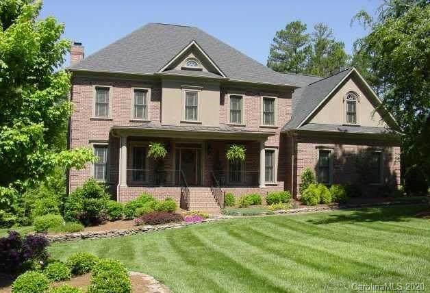1304 Firethorne Club Drive, Marvin, NC 28173 (#3675187) :: MartinGroup Properties