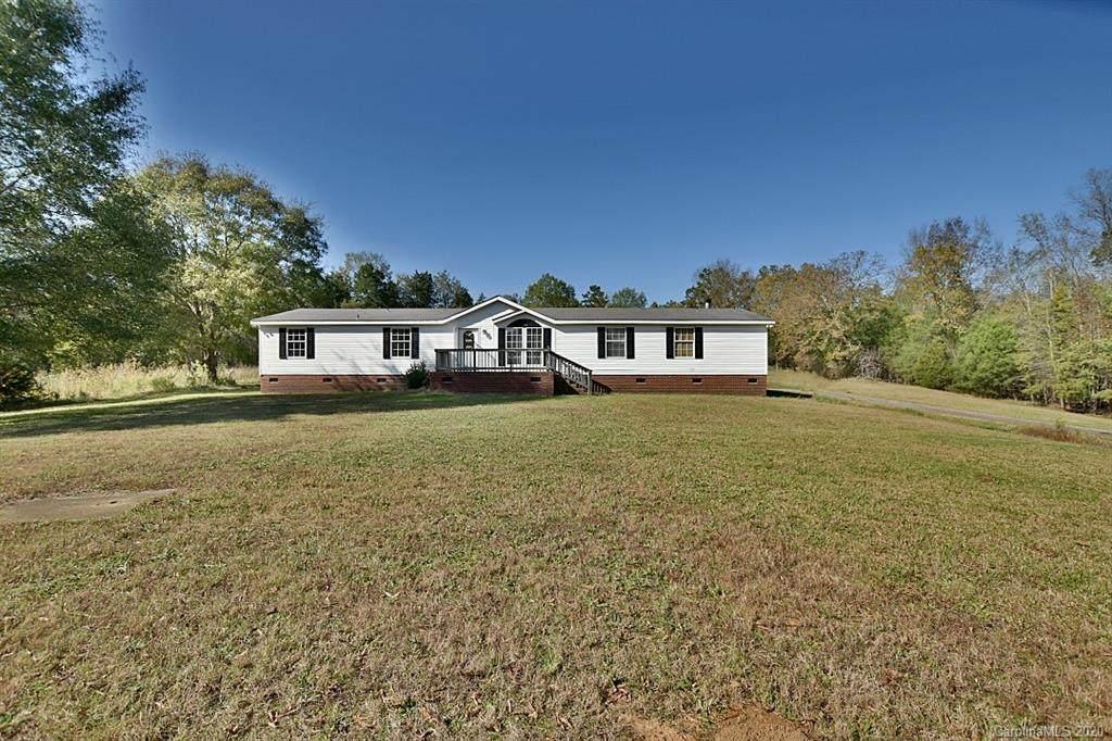 405 Pendergrass Road - Photo 1