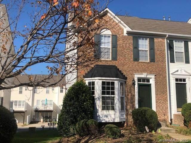 9817 Mallard Glen Drive, Charlotte, NC 28262 (#3678808) :: Rowena Patton's All-Star Powerhouse