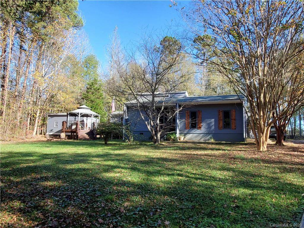 2520 Scrub Pine Drive - Photo 1