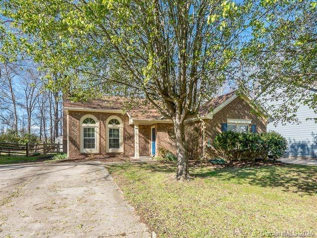 2035 David Earl Drive, Charlotte, NC 28213 (#3686442) :: Stephen Cooley Real Estate Group
