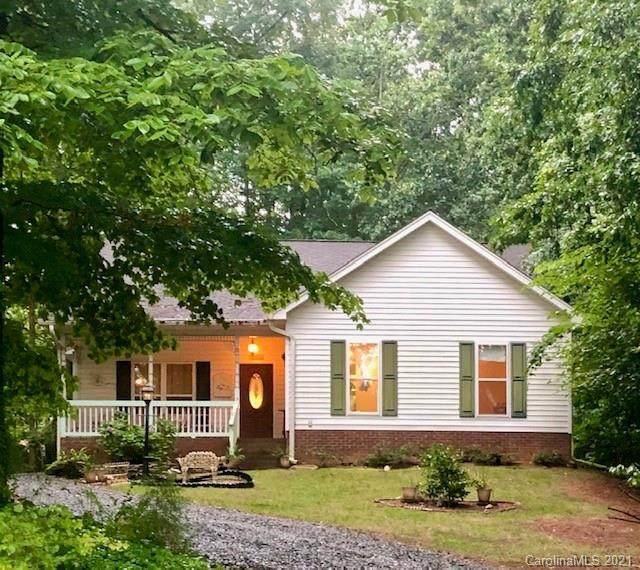 4716 Spicewood Drive, Charlotte, NC 28227 (#3695340) :: LePage Johnson Realty Group, LLC