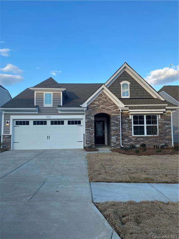 13931 Canterbury Castle Drive #382, Charlotte, NC 28273 (#3695749) :: Miller Realty Group
