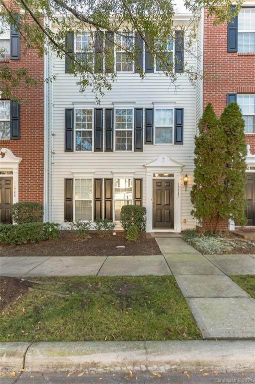 10240 Alexander Martin Avenue, Charlotte, NC 28277 (#3696591) :: Miller Realty Group