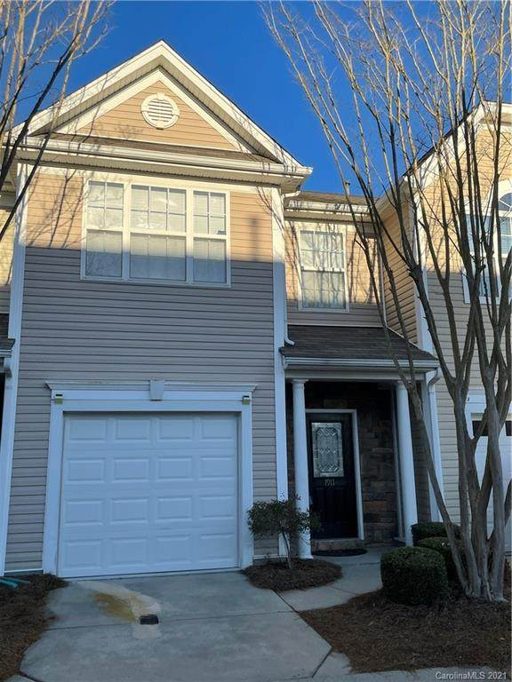 1911 Travertine Lane, Fort Mill, SC 29708 (#3699378) :: MOVE Asheville Realty