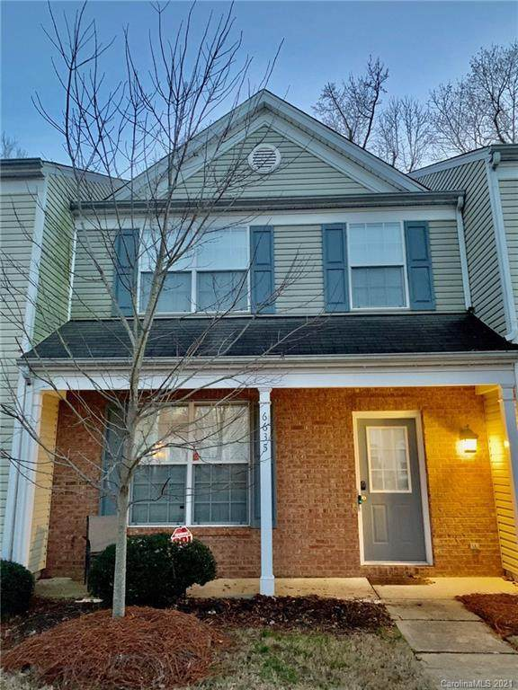 6635 Rothchild Drive, Charlotte, NC 28270 (#3700025) :: BluAxis Realty