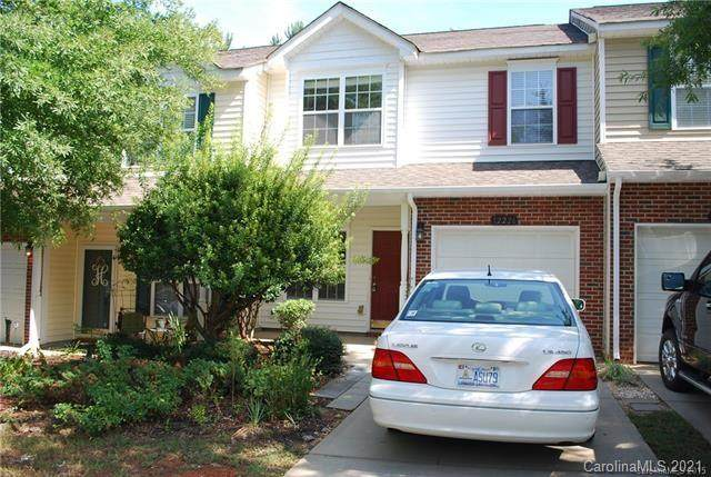 12226 Royal Castle Court, Charlotte, NC 28277 (#3701352) :: Ann Rudd Group