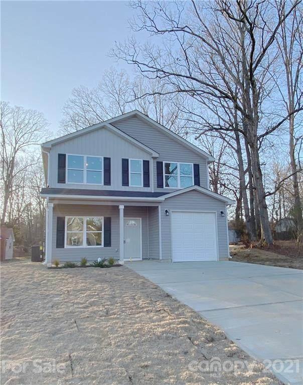 5335 Beam Lake Drive, Charlotte, NC 28216 (#3702119) :: Love Real Estate NC/SC