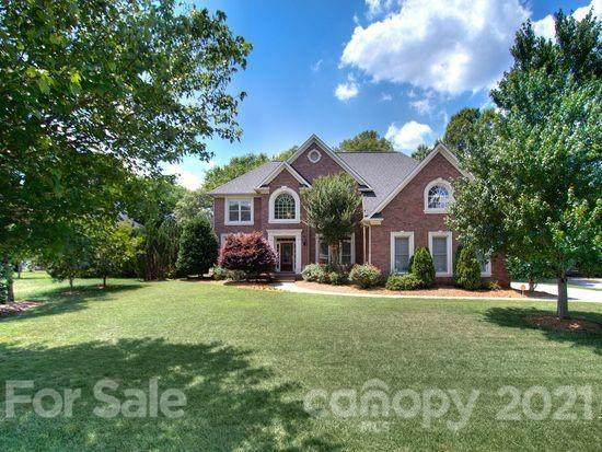 6112 Dunmoor Valley Court, Charlotte, NC 28226 (#3702284) :: DK Professionals Realty Lake Lure Inc.