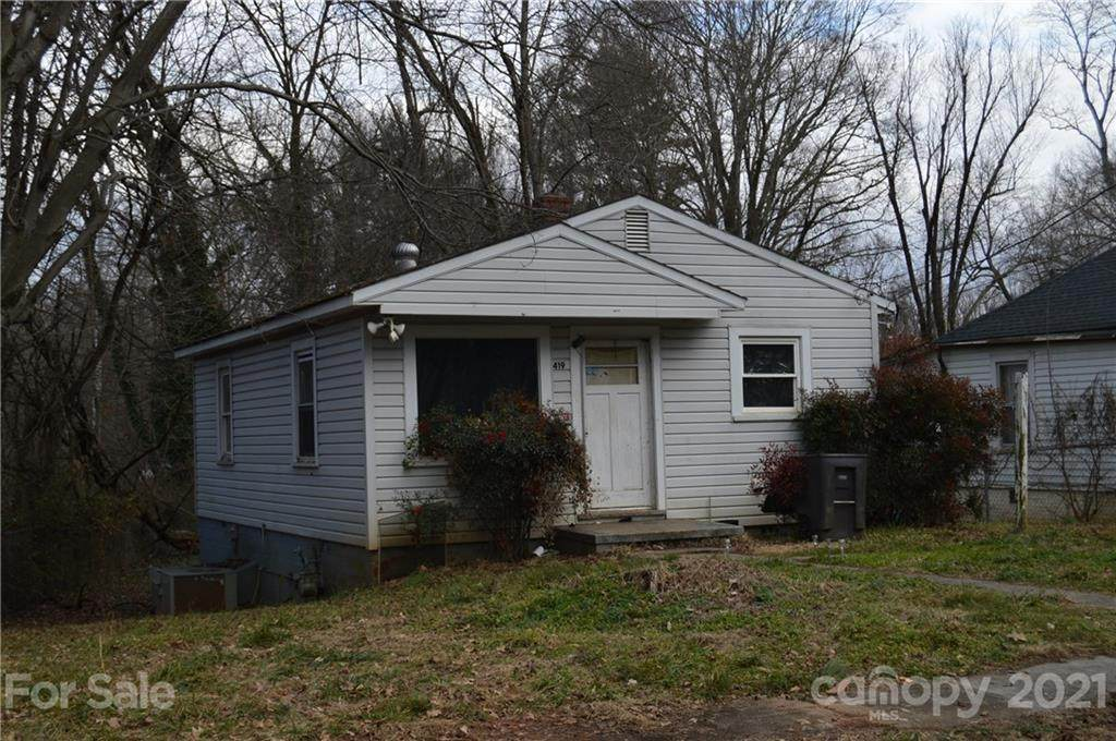 419 Woodlawn Drive - Photo 1