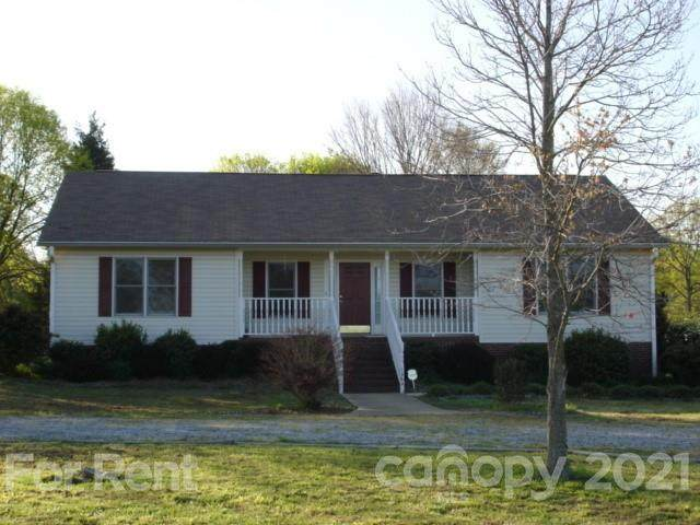 1364 Red Oak Drive - Photo 1