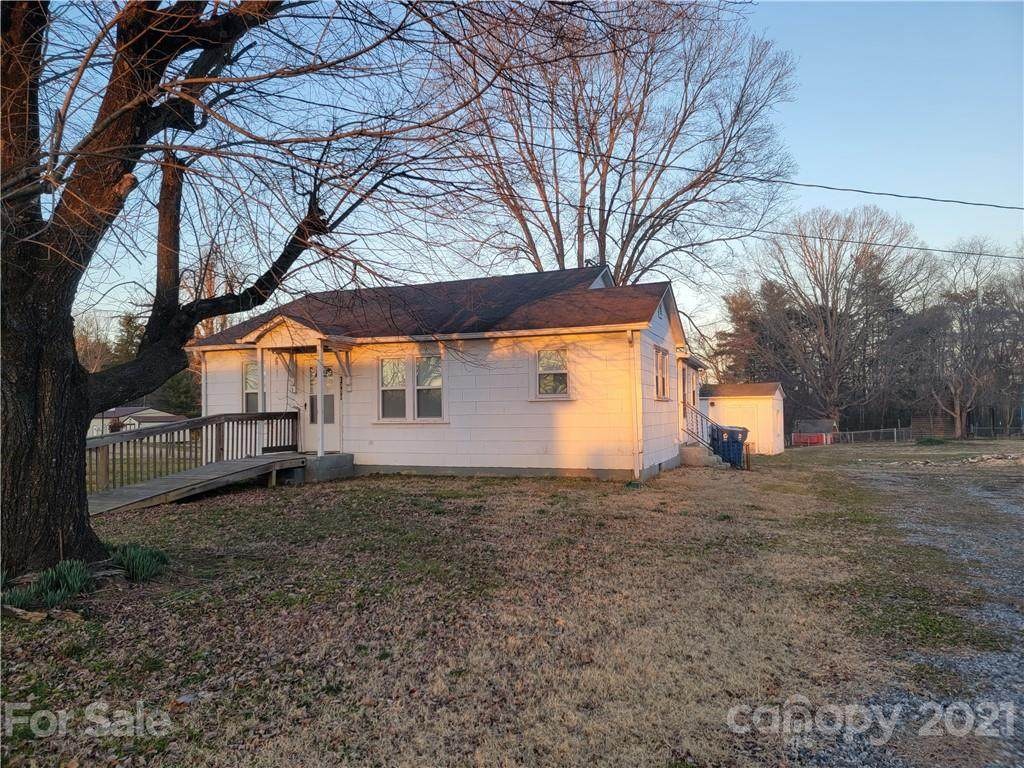 1939 Connelly Springs Road - Photo 1