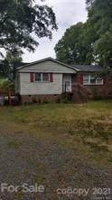5405 Hilltop Circle, Charlotte, NC 28269 (#3707699) :: Carver Pressley, REALTORS®