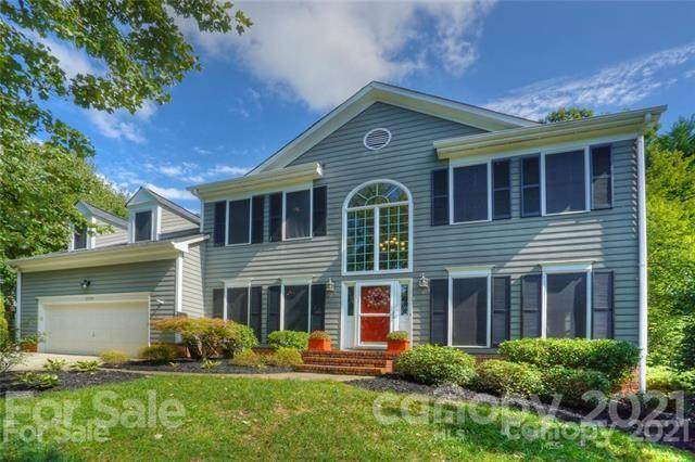 15738 Berryfield Street, Huntersville, NC 28078 (#3709391) :: Home and Key Realty