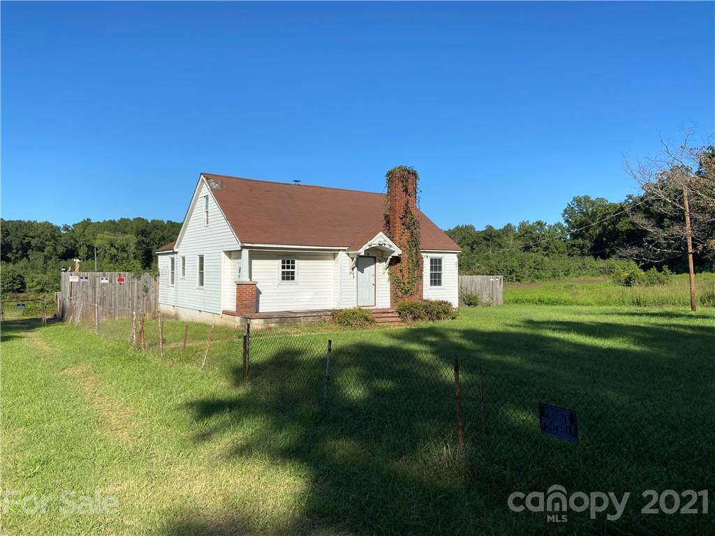 9228 Old Moores Chapel Road - Photo 1