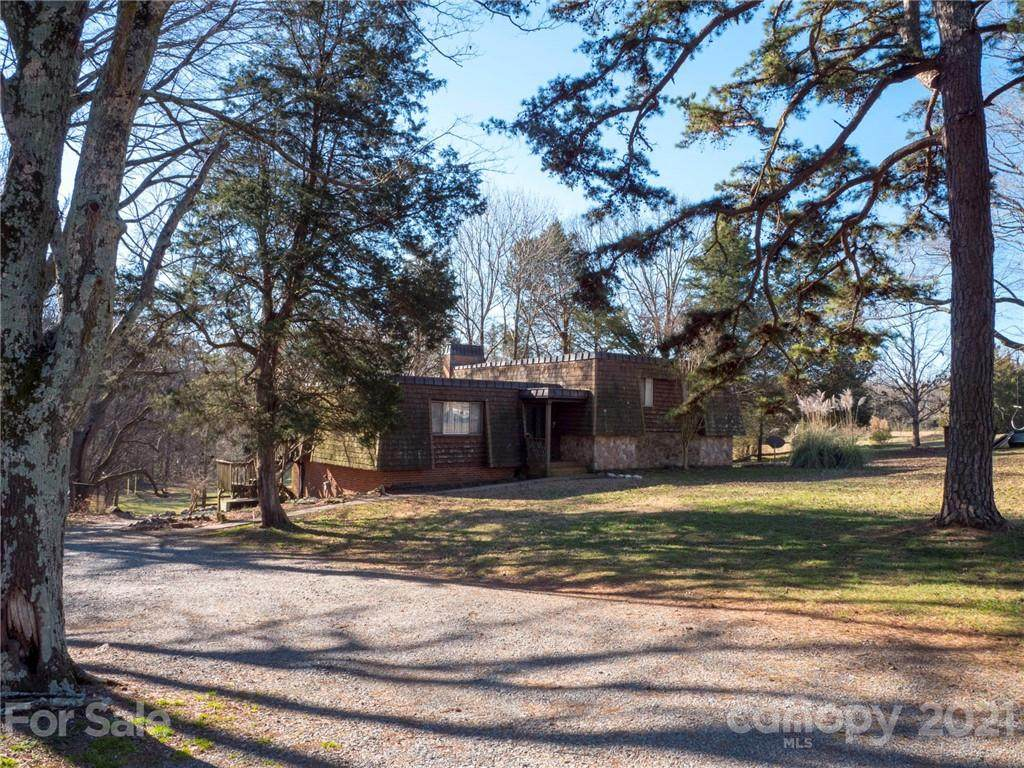 8340 Brief Road - Photo 1