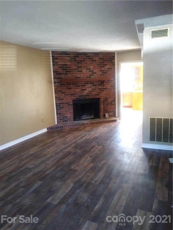 1330 5th Street NE #172, Hickory, NC 28601 (#3711921) :: Scarlett Property Group